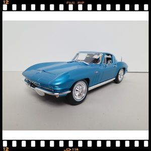 1:18~Maisto~1965~C2~Corvette~Stingray~Diecast~